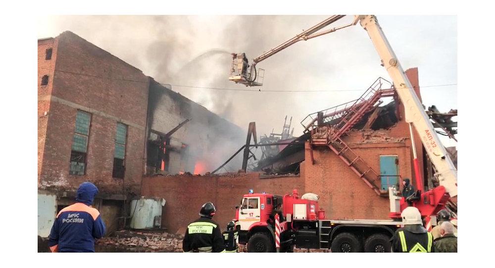 俄紧急情况部:弗拉季高加索电镀厂火灾已得到控制