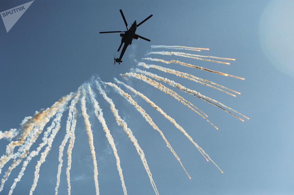 米-28N「夜間獵手」直升機
