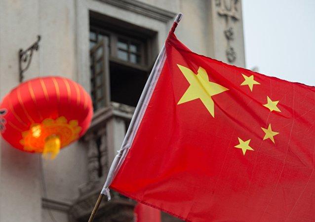 媒體:Facebook和Twitter未發現中國干預美國中期選舉跡象
