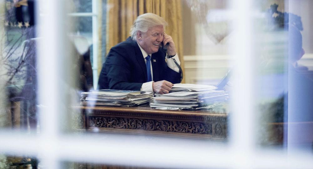 安倍與特朗普通電話討論美國中期選舉結束後的合作