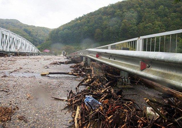 俄罗斯库班地区洪灾受伤人数升至138人