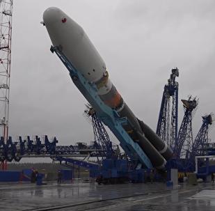 """""""联盟-2.1b""""运载火箭从普列谢茨克航天发射场发射升空"""