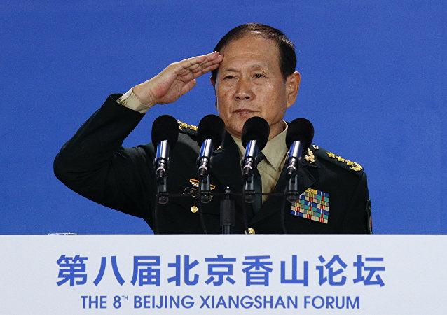 中国国防部长在向谁发出警告?