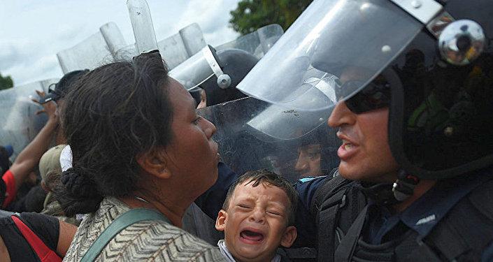 移民在墨危邊界