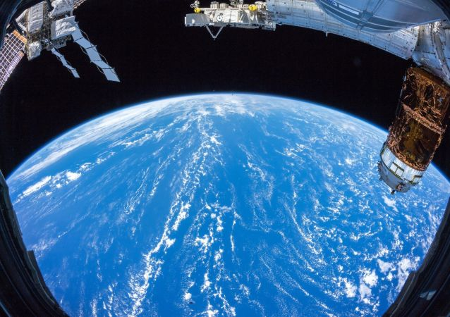 俄罗斯正在研制体积达100立方米的充气式太空舱