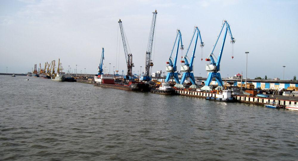 裡海的安扎利港