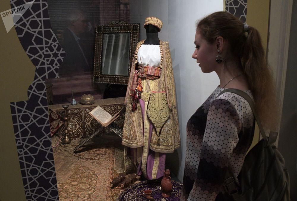 「東方——別樣的風采」俄羅斯東方博物館成立100週年展