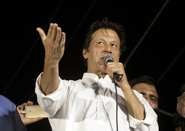 为巴基斯坦借钱——伊姆兰·汗访华的真正目的