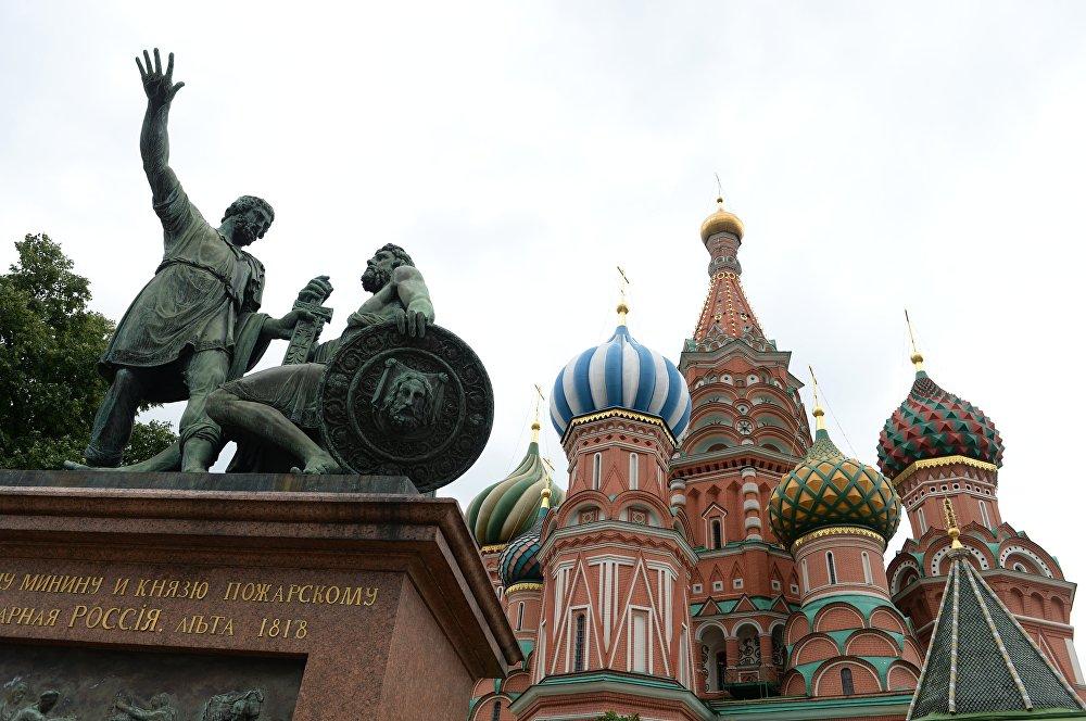 米宁和波扎尔斯基雕像