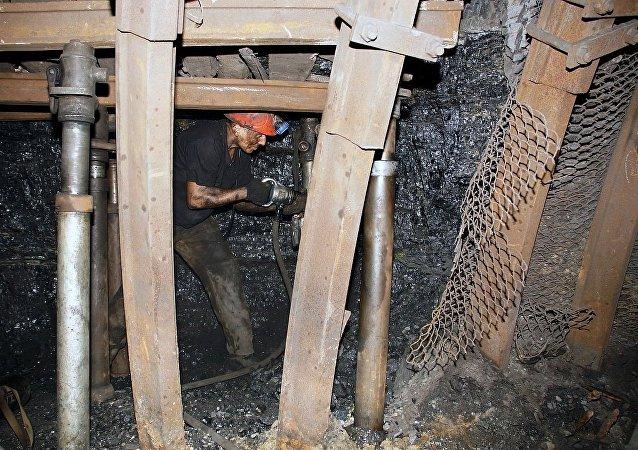 卢甘斯克州矿场