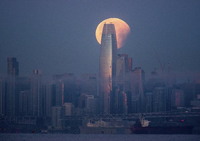旧金山最高摩天大楼Salesforce塔