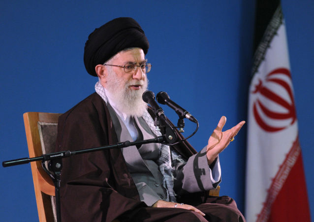 哈梅內伊:美国的制裁将加强伊朗自给自足能力