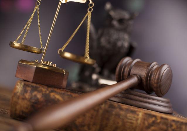 阿根廷法庭在審理受賄案期間傳訊總統父兄