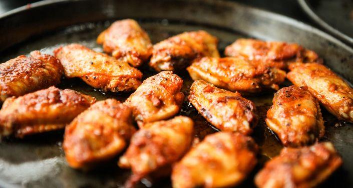 俄媒:俄中两国将签署禽肉产品供应议定书