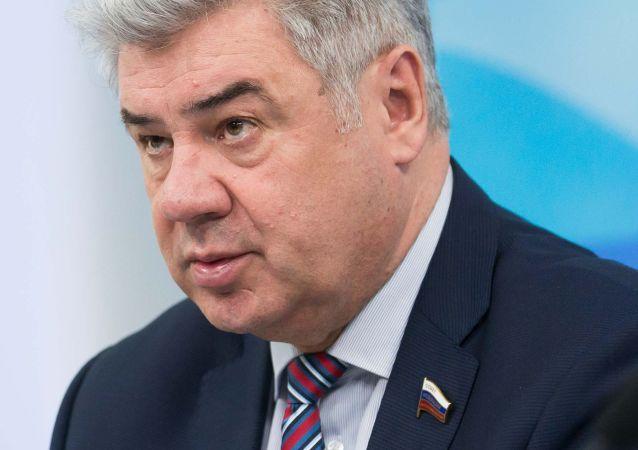 维克多•邦达列夫