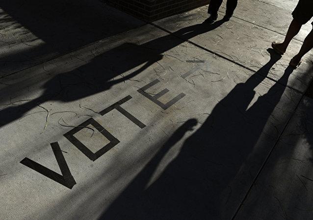 美国务卿称俄至少自2004年就开始干涉美国选举