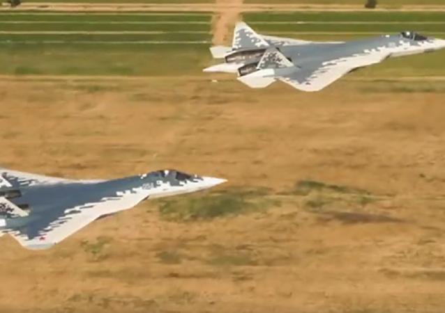 苏-57超低空飞行视频曝光