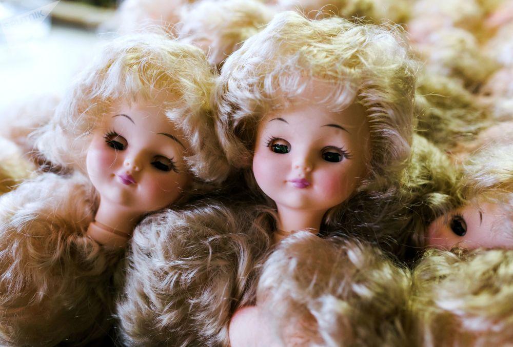 """伊万诺沃""""玩偶世界""""玩具厂的成品"""