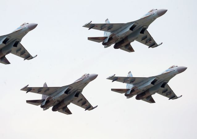 苏-35战机