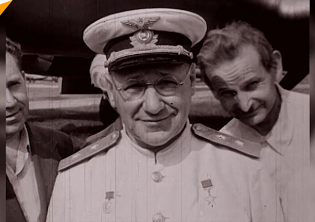 纪念前苏联著名飞机设计师图波列夫诞辰130周年