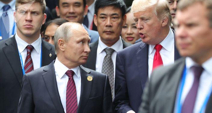 美国白宫:特朗普与普京等领导人讨论《中导条约》和制裁等议题