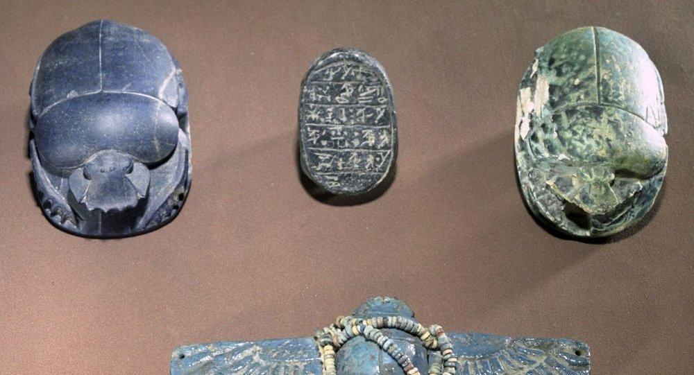 俄罗斯国家普希金造型艺术博物馆的陶瓷神圣粪金龟