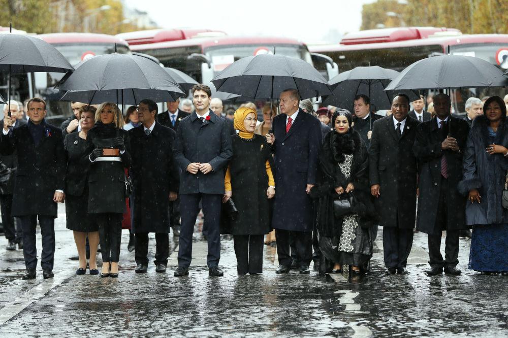 各國元首出席在巴黎凱旋門舉行的一戰結束100週年紀念活動