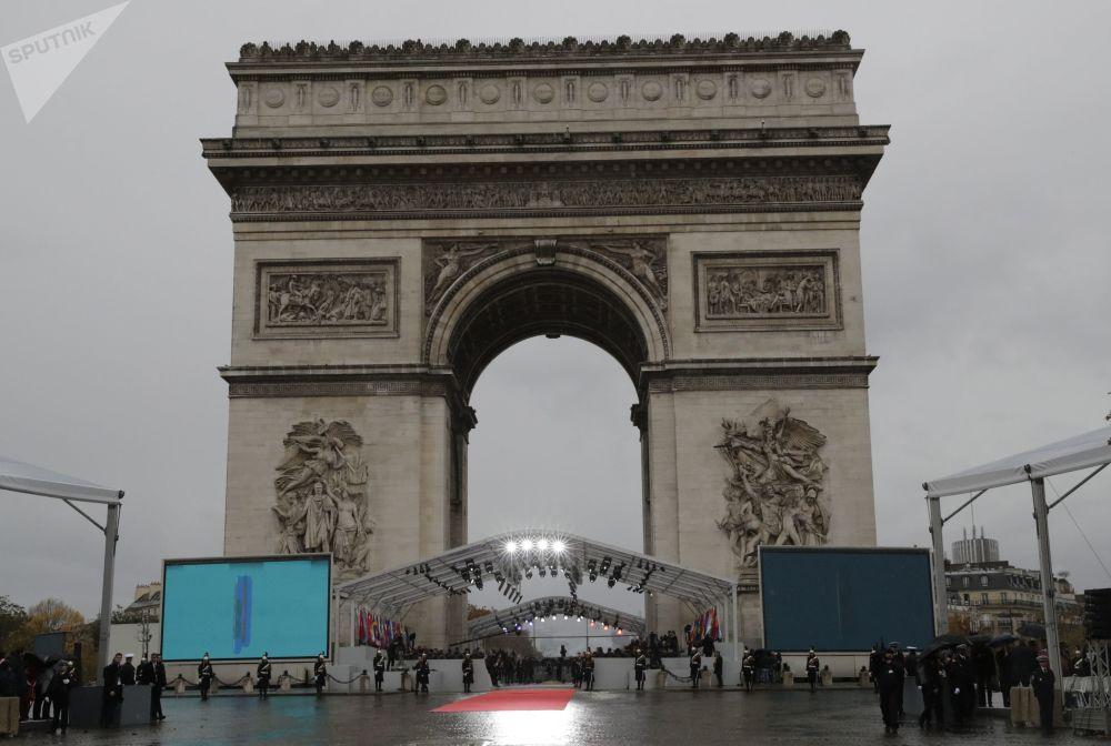 一戰結束100週年紀念活動前夕,巴黎凱旋門前