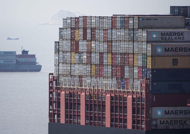 王毅:中方願意擴大進口以緩解中美貿易不平衡的問題
