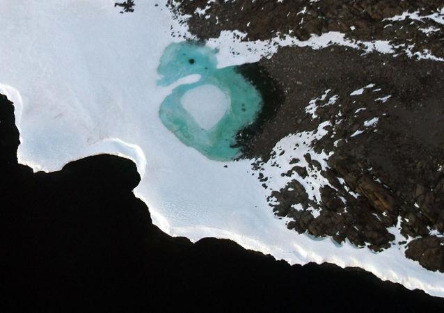 科学家模拟出了冰下南极洲的3D地图