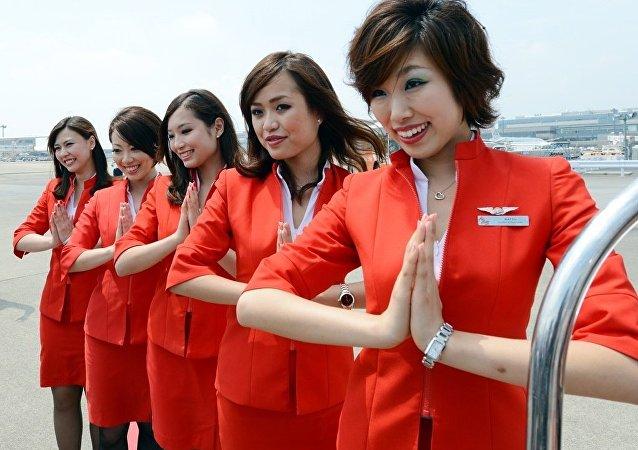 日本空姐幽默回應乘客換座請求