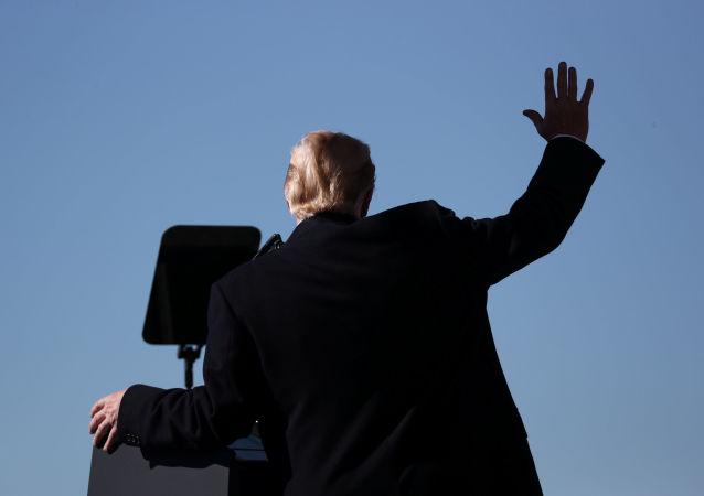 近半美國人相信特朗普將於2020年連任總統