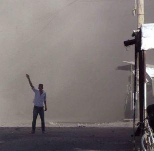 美国为首的联盟用白磷弹攻击叙利亚代尔祖尔