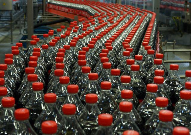 十年首上新:可口可乐推出橙子香草口味