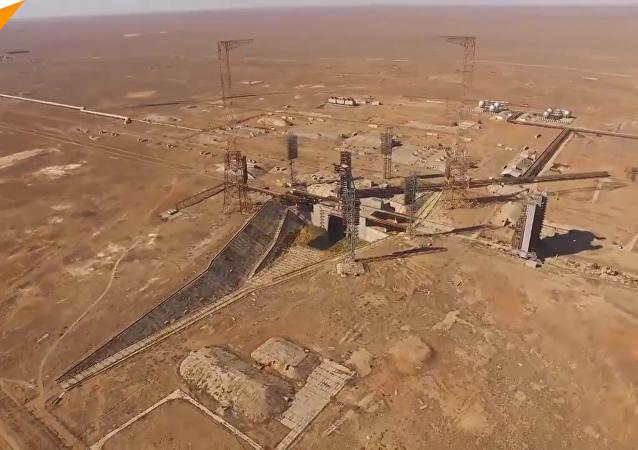 鸟瞰拜科努尔航天发射场全景