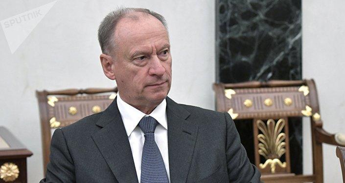 俄安全会议秘书与阿联酋国家安全顾问讨论中东局势和反恐合作