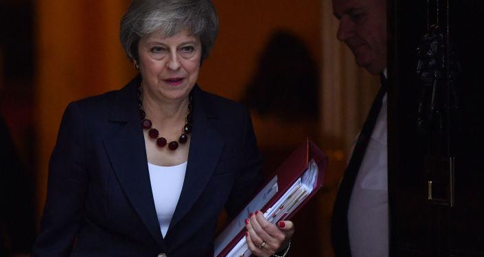 英國首相:堅決反對再次舉行脫歐公投