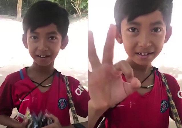 通晓多种语言的柬埔寨语言通登上中国电视