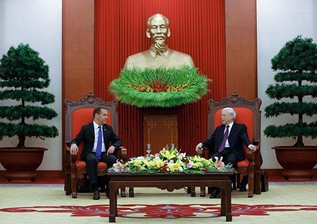 俄总理会见越南国家主席