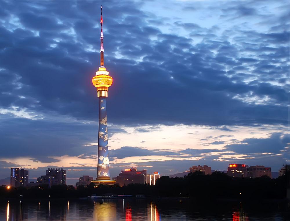 宛在云端:世界最高电视塔盘点