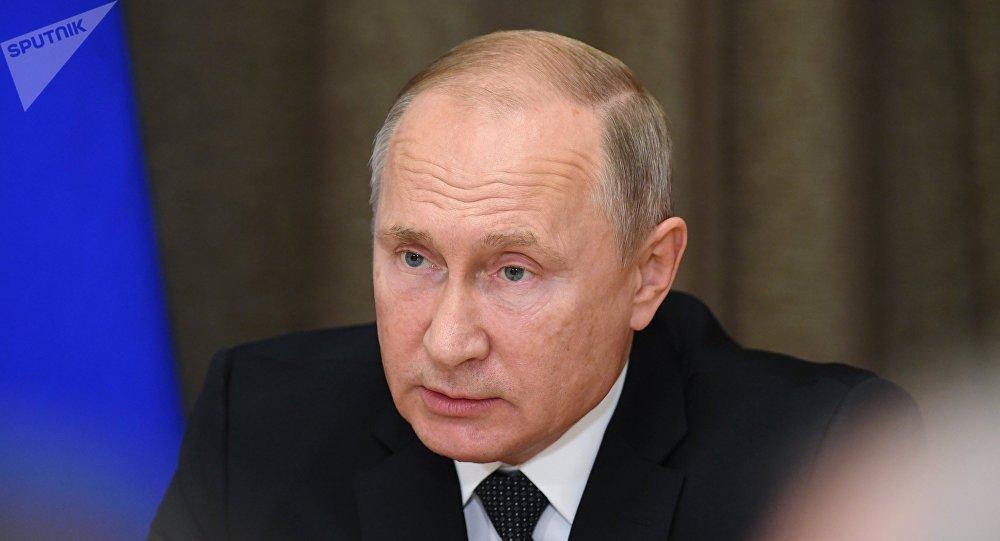 普京:俄羅斯不同意希臘驅逐俄外交官的理由