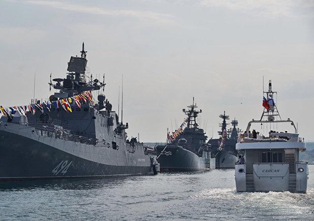 俄羅斯軍方與北約同時在黑海舉行演習