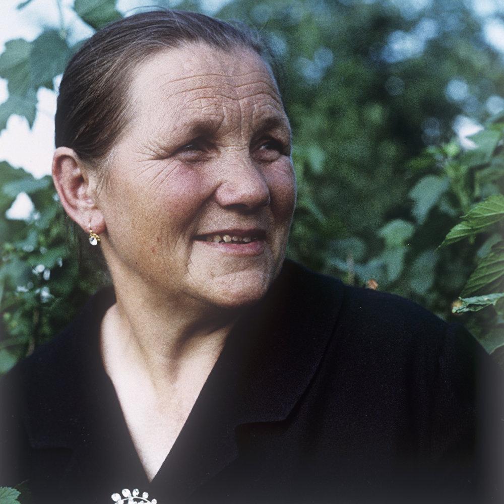 安娜·季莫菲耶夫娜·加加林娜