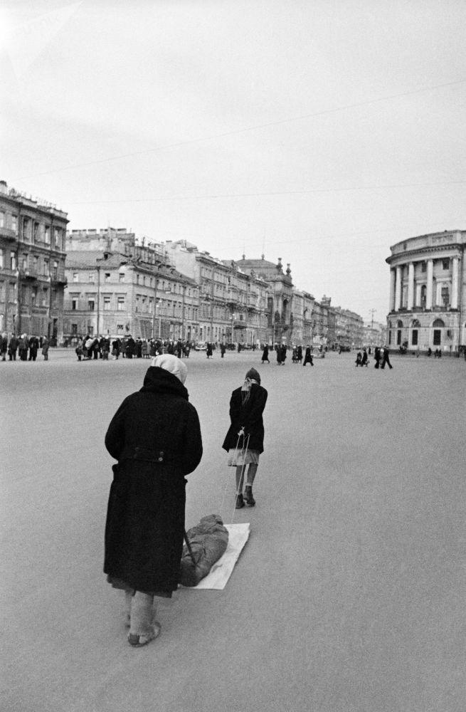 圍困時期拯救列寧格勒的「生命之路」