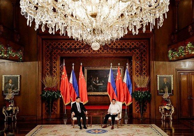 專家:特朗普將很難阻止菲律賓向中國靠攏