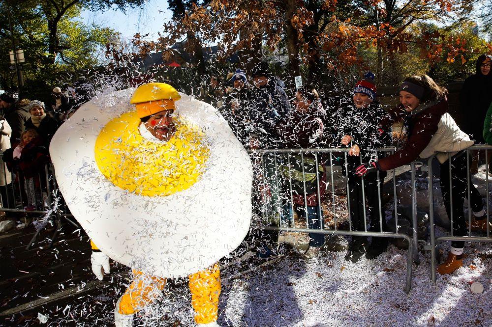 皮卡丘和雞蛋人:紐約感恩節年度遊行