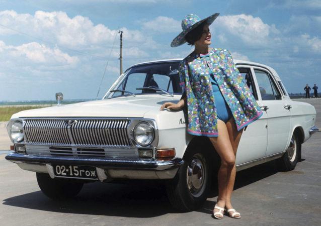苏联时期的汽车广告