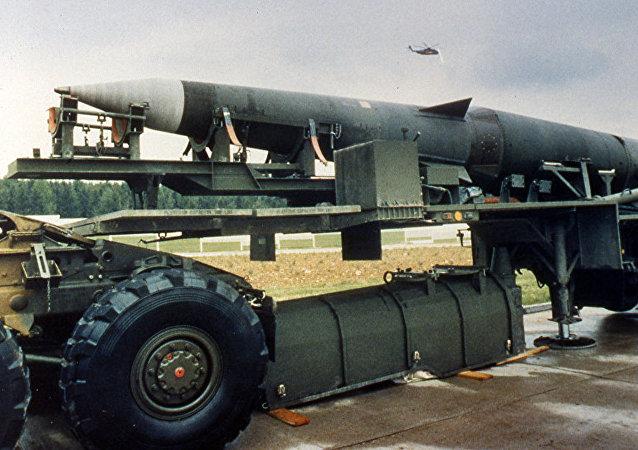 Американская баллистическая ракета средней дальности Першинг-2.