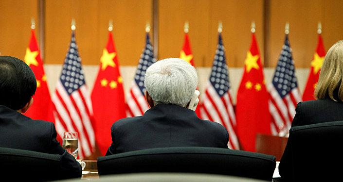 中国外交部:希望中美经贸团队达成双方都能接受的解决方案