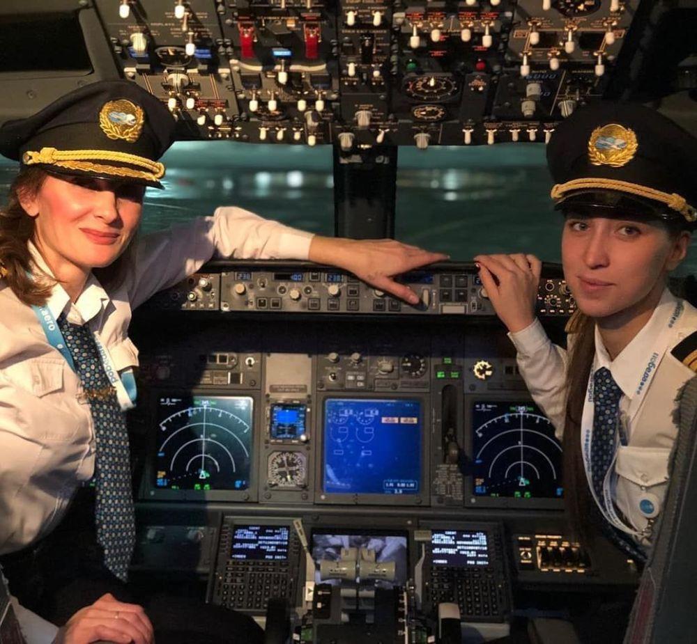 民航女飞行员